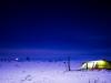 Teltet i mørket etter skitur